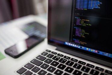 网站优化提升排名的三种方法